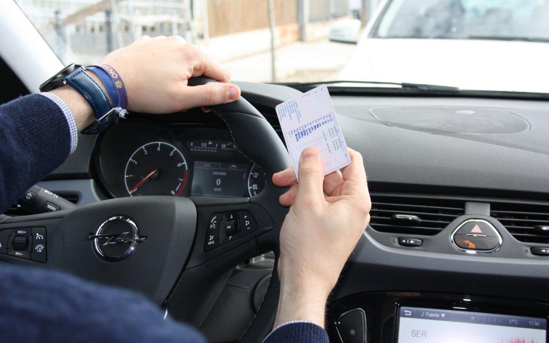 Autoescuela en Córdoba · Todos tipos de Permisos de Conducir en Córdoba con un gran porcentaje de aprobados · Mejor calidad y precio de la ciudad